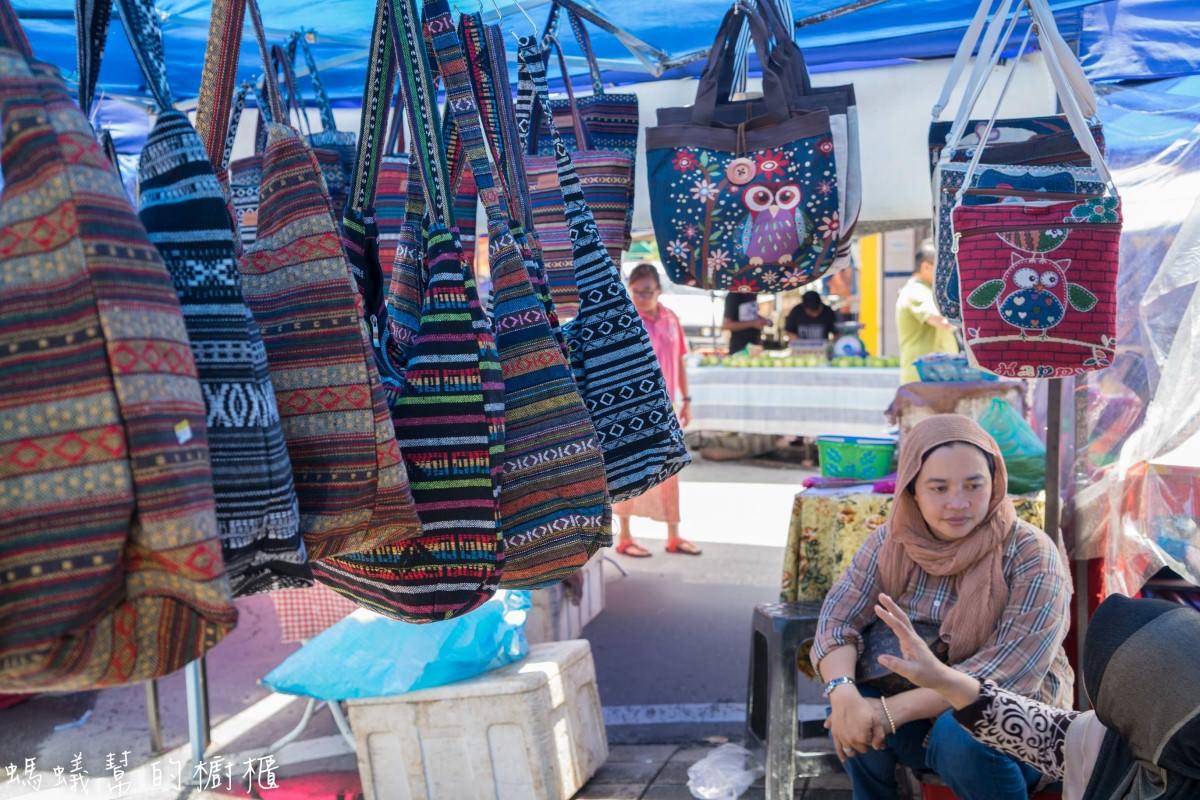 沙巴亞庇加雅街市集、悦昌茶室|沙巴旅遊推薦,星期日限定市集,加碼加雅街附近超好吃裡無名沙嗲串。