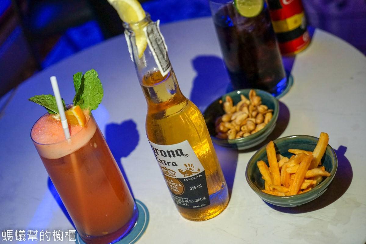 曼谷BTS澎蓬站 AIRE BAR高空酒吧