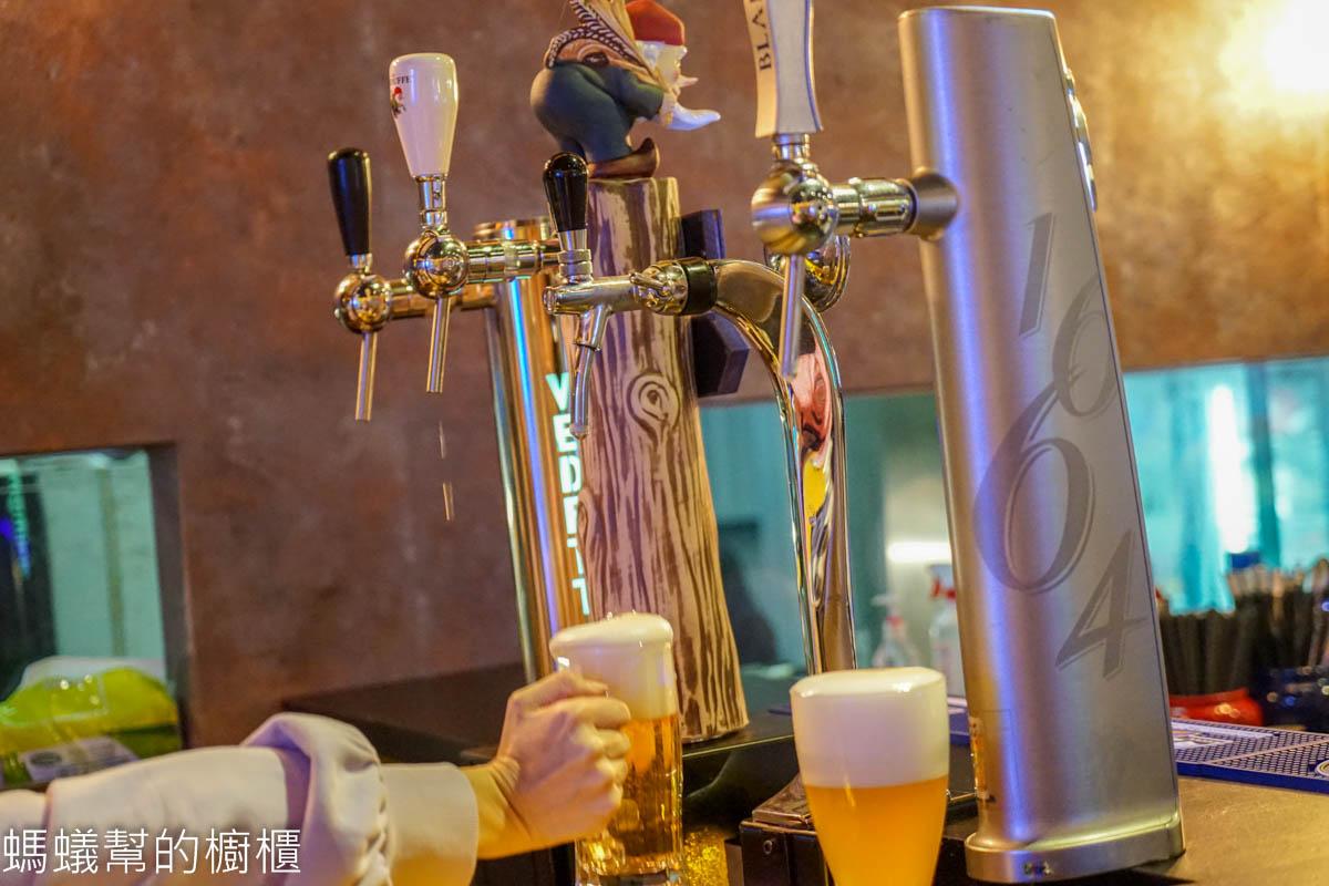 彰化市浩克海鮮炭烤酒吧