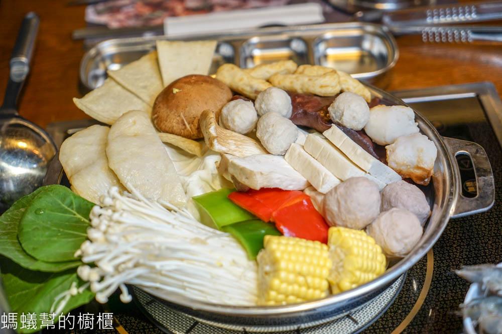 台中阿豬媽아줌마韓式烤肉x火鍋吃到飽