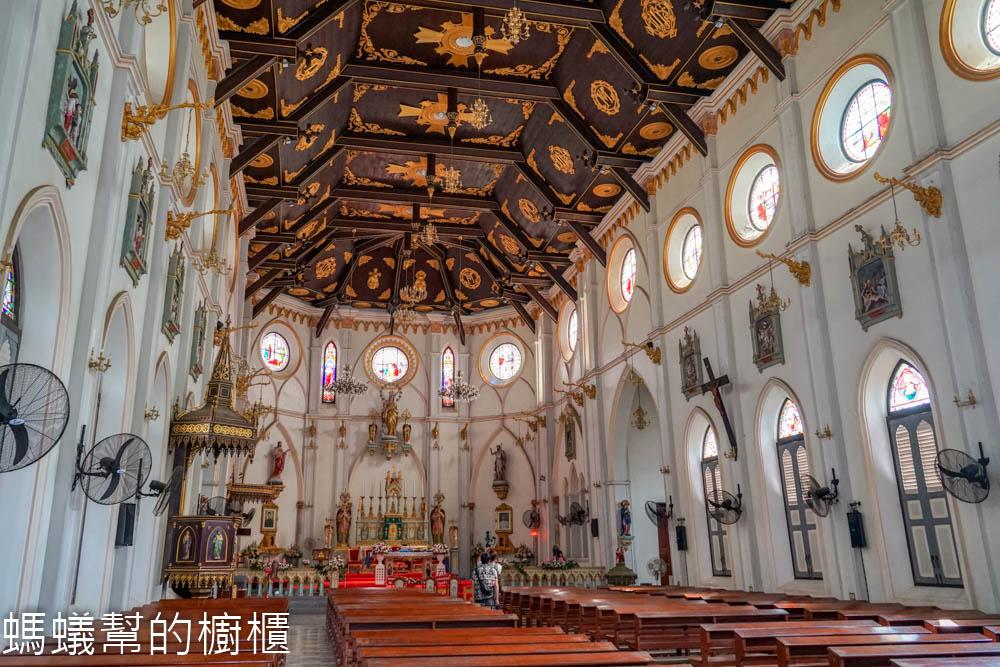 哥德式古老教堂