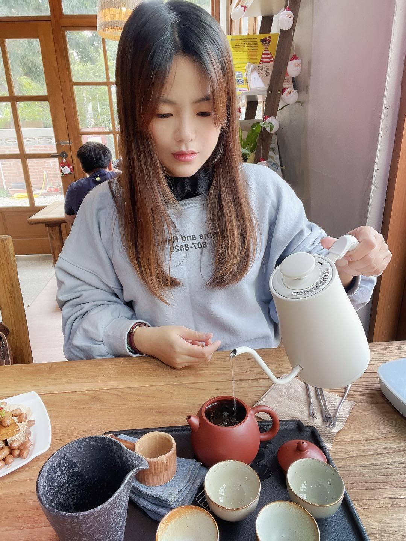 中興新村丘山茶