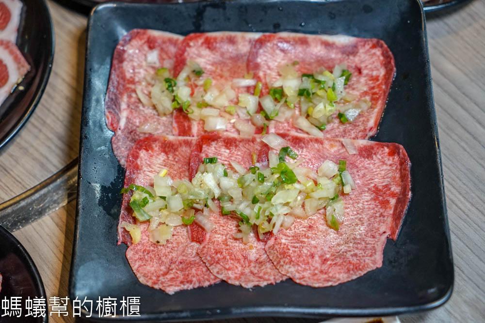 羊角炭火燒肉台中文心店