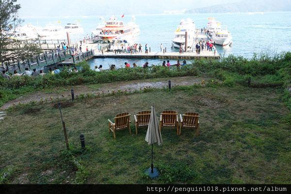 【南投魚池】MOON TEA&COFFEE 日月潭水上明月湖畔花園咖啡館;眺望日月潭絕佳湖景的景觀餐廳。
